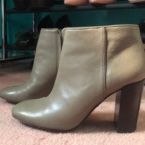 Tory Burch taupe booties. 3-4 inch heel women 7.5